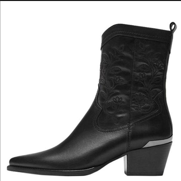 13ab677af36 Massimo Dutti cowboy boots NWT